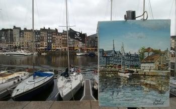 翁弗勒爾港口遊船搖曳,是畫家采風的素材。 (AFP )