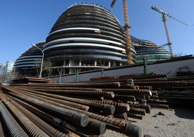 6月分,由於鋼材價格繼續下跌,中國大陸鋼鐵業首現年內全行業虧損。(AFP)