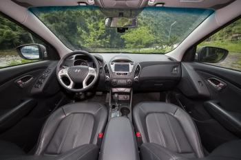 「ix35」柴油引擎動力足,搭配國產SUV唯一6速手自排,在山區駕輕就熟。(攝影/記者莊孟翰)