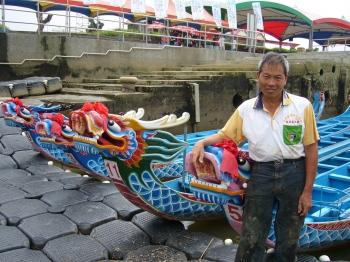 劉清正打造的龍舟揚名海內外。(中央社)
