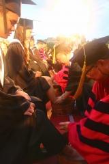 長榮洗腳禮 勉學生謙卑服務|長榮大學