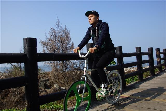台灣近年打造單車旅遊王國有成,強調「足以和向有單車旅遊勝地美譽的『荷蘭』與『丹麥』匹敵」。(超常科技提供)
