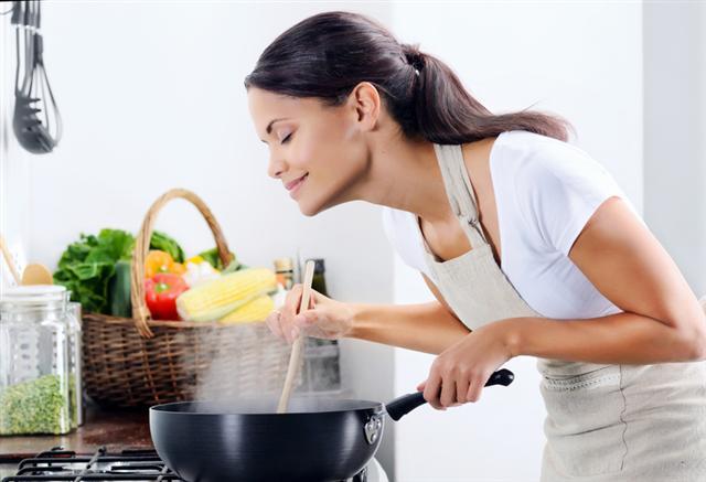 蔬果清洗乾淨去除農藥殘留,吃的更健康。(Fotolia)