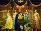 迪士尼90周年展 時尚公主服亮相|迪士尼 | 強尼戴普 | 艾米漢莫
