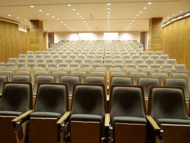 國王演藝廳裡舒適的座椅。(攝影/楊容甄)