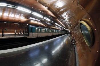 法國巴黎的Arts et Métiers車站。(AFP)