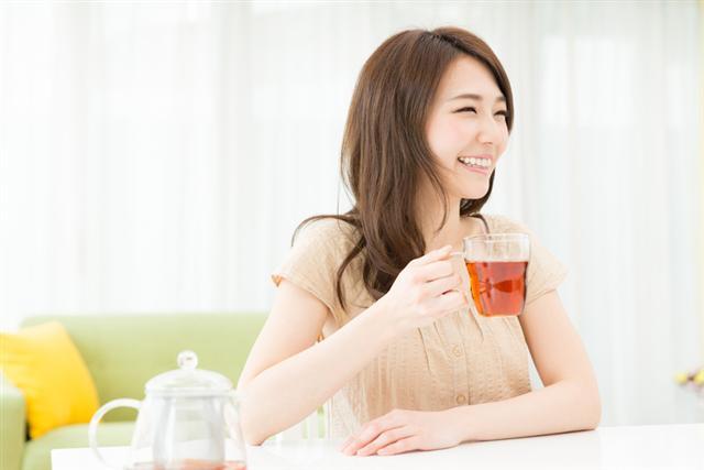 喝茶怡情又健康,錯誤的喝茶習慣要注意。(Fotolia)