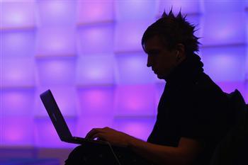 中共借刀殺人 利用海外華人發起DDoS攻擊