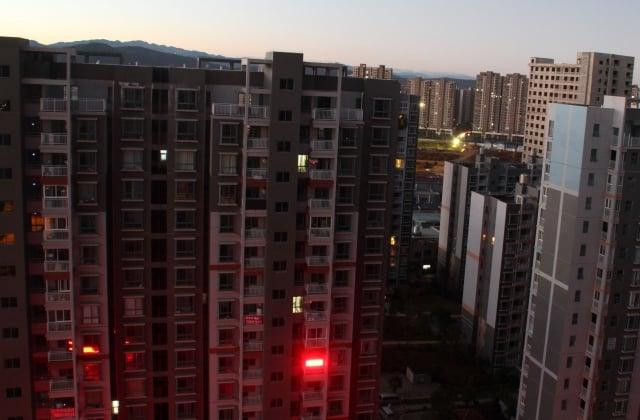 中國城市的大量空置房屋宛若「鬼城」,曝露出產能過剩、內需不足的結構問題。(大紀元資料室)