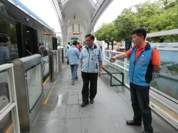 拆BRT護欄再惹議  藍營斥:浪費公帑