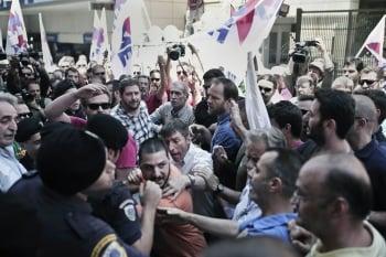 希臘選民兩難 撙節派或險勝