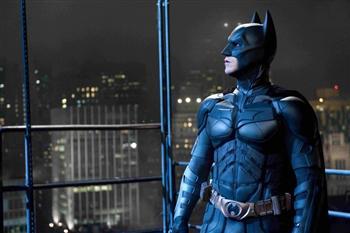 塵爆見真情 台灣人超有愛!「蝙蝠俠」夜半送飲料