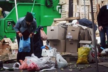 打擊食物浪費 法國要超市簽協議