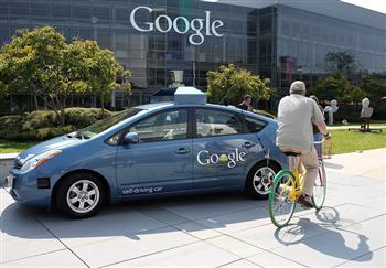 慢騎自行車難倒Google無人車 車手大樂