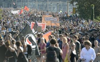 奧地利抓人蛇 德頭痛難民問題
