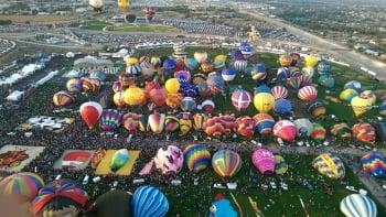 全球最大熱氣球節 台灣球做外交