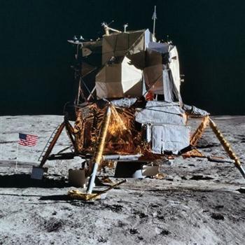 澄清網路謠言!NASA發布8400張登月照片
