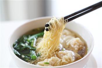 中西醫告訴你 吃飯時間和吃甚麼一樣重要