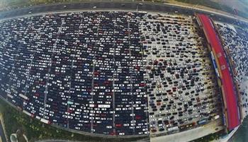 驚人空拍影片:中國特有的瘋狂大塞車轟動世界,而塞車的原因竟然如此令人無言