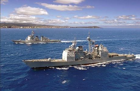 為避免駭客攻擊癱瘓GPS,美國海軍恢復終止已久的天文導航課程。圖為美國海軍驅逐艦。(Getty Images)
