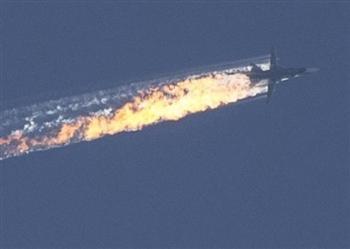 疑入侵領空 俄戰機遭土耳其擊落 飛官1遭槍殺1失蹤