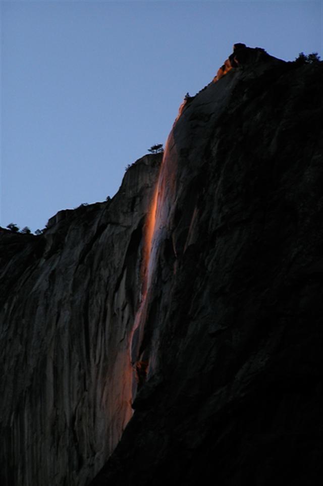 美國加州優勝美地國家公園的馬尾瀑布。(Ambitious Wench/Flickr)