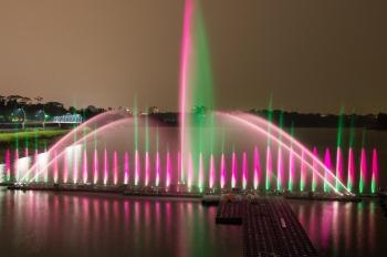 全台最大 蘭潭音樂噴泉啟用