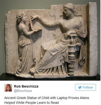 【影片】古希臘雕像驚現「筆記本電腦」 有USB接口