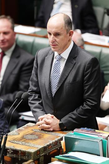 澳洲前總理艾伯特收中國富商名表當假貨