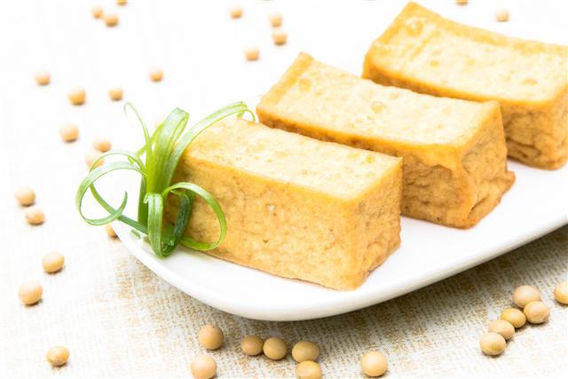 油豆腐(長方)。((麥豆公司提供))