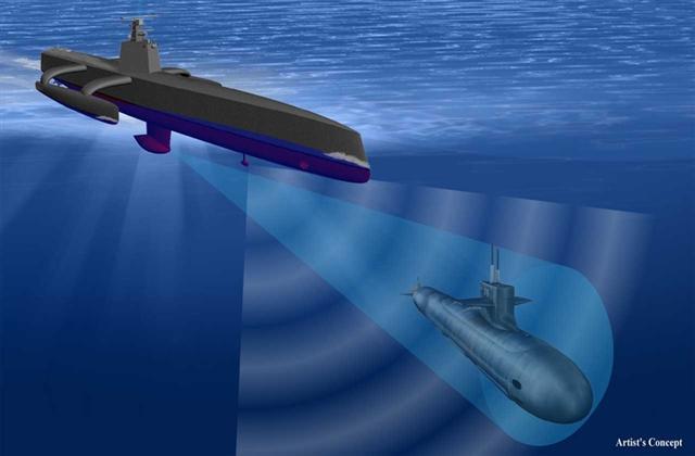 美國國防部計劃署與負責設計靈敏的雷達與聲納系統的雷神公司,以及負責打造船身的雷多斯公司合作的研究的無人追蹤潛艇,已經進入原型艇的海洋測試階段了。(DARPA)