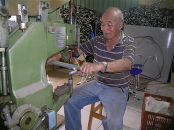 手杖椅達人83歲賴玉坤 愛要及時行動