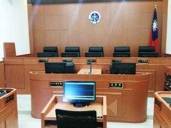 公務員違法失職 禁回任退俸恐飛