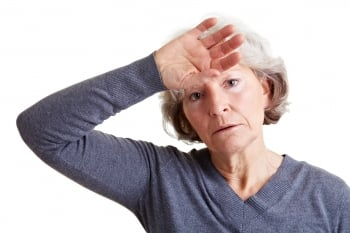 長期憂鬱失眠 更年期惹禍