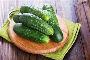 簡易「黃瓜水」分解脂肪又解熱