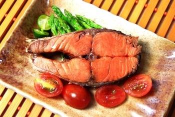 【酵素食譜】鮮烤鮭魚