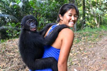 非常木蘭》26歲探險家 深入叢林為生態發聲
