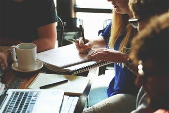 工作夥伴常惹惱你?「管理互動」是對自己能力的試練