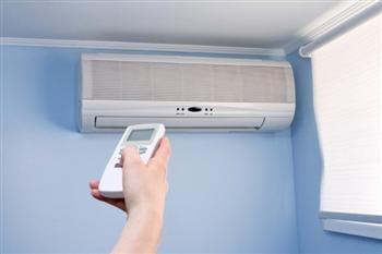 「一直開著空調更省電」是真的嗎?