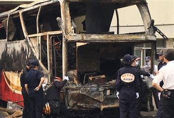 陸客團火燒車 台檢:司機酒駕 不排除自焚
