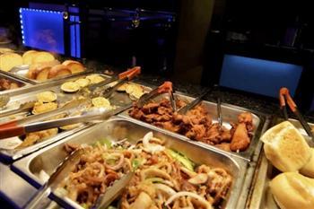 疑涉「販賣人口」 多家中餐館遭美FBI突襲