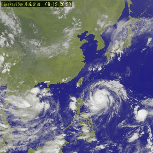 颱風莫蘭蒂轉為強颱,中央氣象局預測最晚今日上午11時發布陸上颱風警報,週三影響最劇。(氣象局提供)