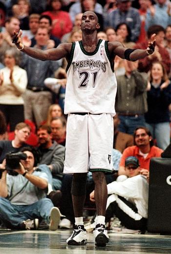 NBA/灰狼買斷合約 狼王賈奈特將退休