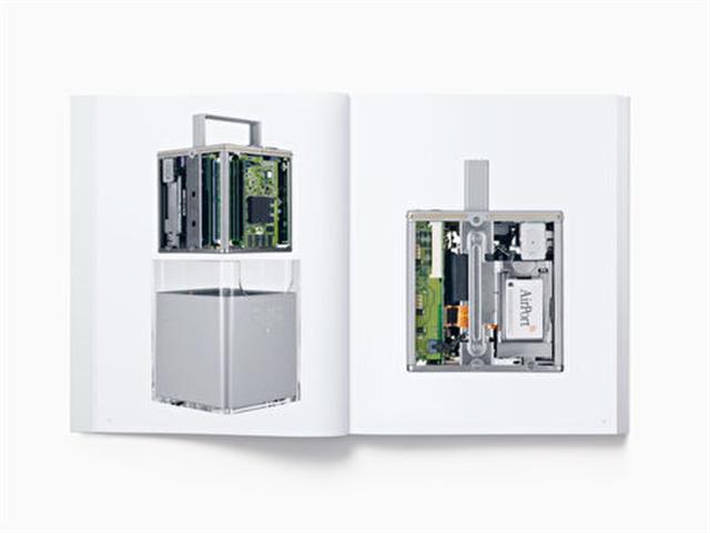蘋果產品畫冊將1998年開始出產的iMac至2015年出產的Apple Pencil的450張照片整理成冊。(Apple.com for Media)