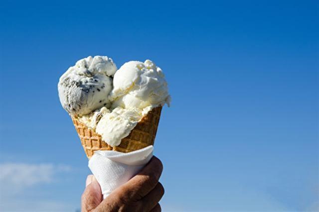 日本杏林大學的研究顯示,早餐吃冰淇淋可增進人們的敏捷度和心智表現。(Fotolia)