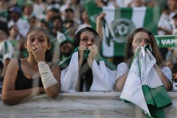 巴西足球隊遇空難!對手棄權:他們永遠是2016年南美盃冠軍