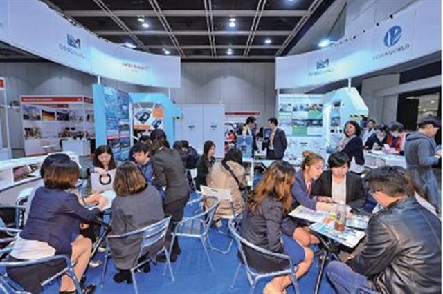 限韓令影響中韓經濟,有韓國房地產商首度組團來香港,參加國際房地產展,另拓商機。(宋碧龍/大紀元)