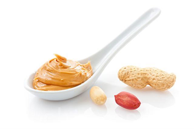 新近研究發現,嬰孩早吃含花生成分的食品可以大大降低花生過敏機率。(Fotolia )