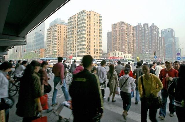 學者認為,現在中國的人越來越忙和焦慮。圖為北京街頭一隅。(Getty Images)