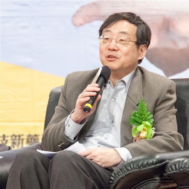台灣睡眠醫學會理事長徐崇堯:睡眠呼吸中止症造成的心血管疾病可能隨時奪命。(杏輝藥品提供)